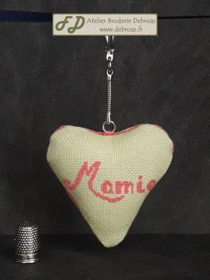 Coeur mamie rose sur vert